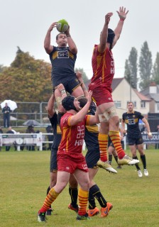 Esher vs Cambridge Match Report, Saturday 22nd September 2018 written by Philip Wigley, photographic credit to Leo Wilkinson