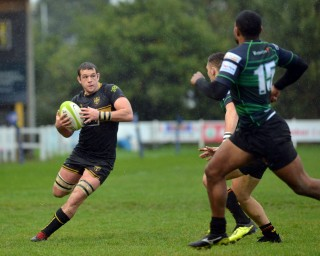 Esher vs Cinderford Match Report, Saturday 6th October 2018 written by Philip Wigley, photographic credit to Leo Wilkinson