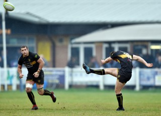 Esher vs Darlington Mowden Park Match Report, Saturday 3rd November 2018, written by Philip Wrigley, photographic credit to Leo Wilkinson