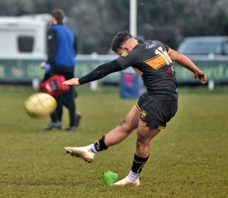 Esher vs Rosslyn Park Match Report, Saturday 9th March 2019 written by Phil Wigley, photographic credit to Leo Wilkinson