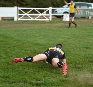Esher vs Leicester Lions Match Report, Saturday 5th October 2019 written by Phil Wigley, photographic credit to Leo Wilkinson