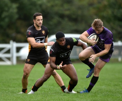 Esher vs Henley Hawks Match Report, Saturday 16th November 2019 written by Phil Wigley, photographic credit to Leo Wilkinson