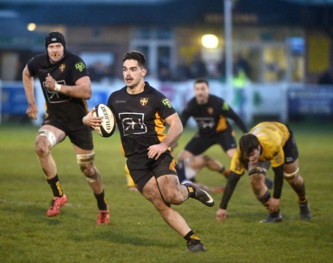 Esher vs Old Albanian RFC Match Report, Saturday 30th November 2019 written by Phil Wigley, photographic credit to Leo Wilkinson