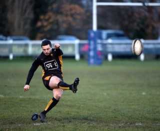Esher vs Clifton Match Report, Saturday 14th December 2019, written by Phil Wigley, photographic credit to Leo Wilkinson