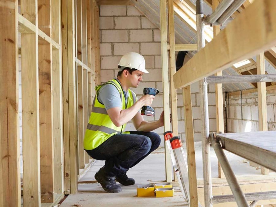 Opportunity for Carpenters, Labourers and all trades - 18 month contracts